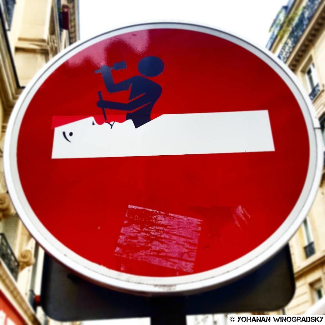 streetart par clet abraham à paris