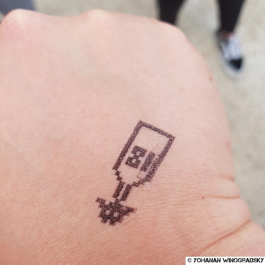 tampon invader pour le premier symposium flashinvaders paris